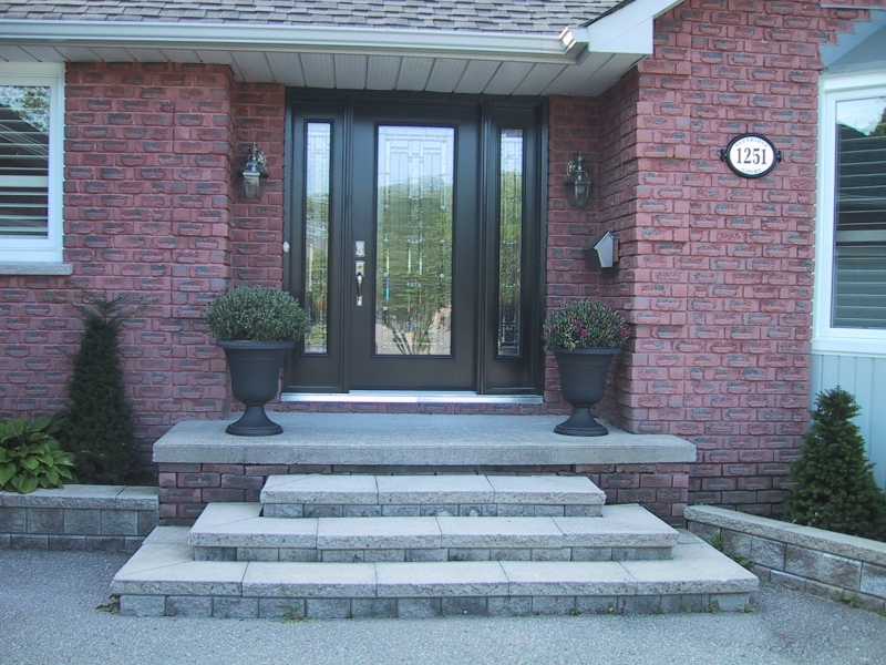 front-door-with-chrysanthemums-1